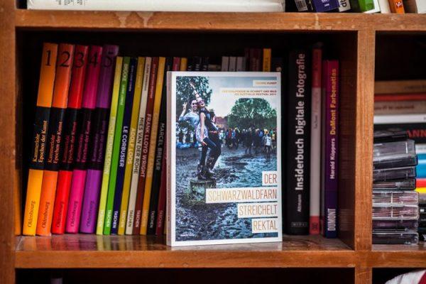 """""""Der Schwarzwaldfarn streichelt rektal"""" - Buch von Georg Hundt"""